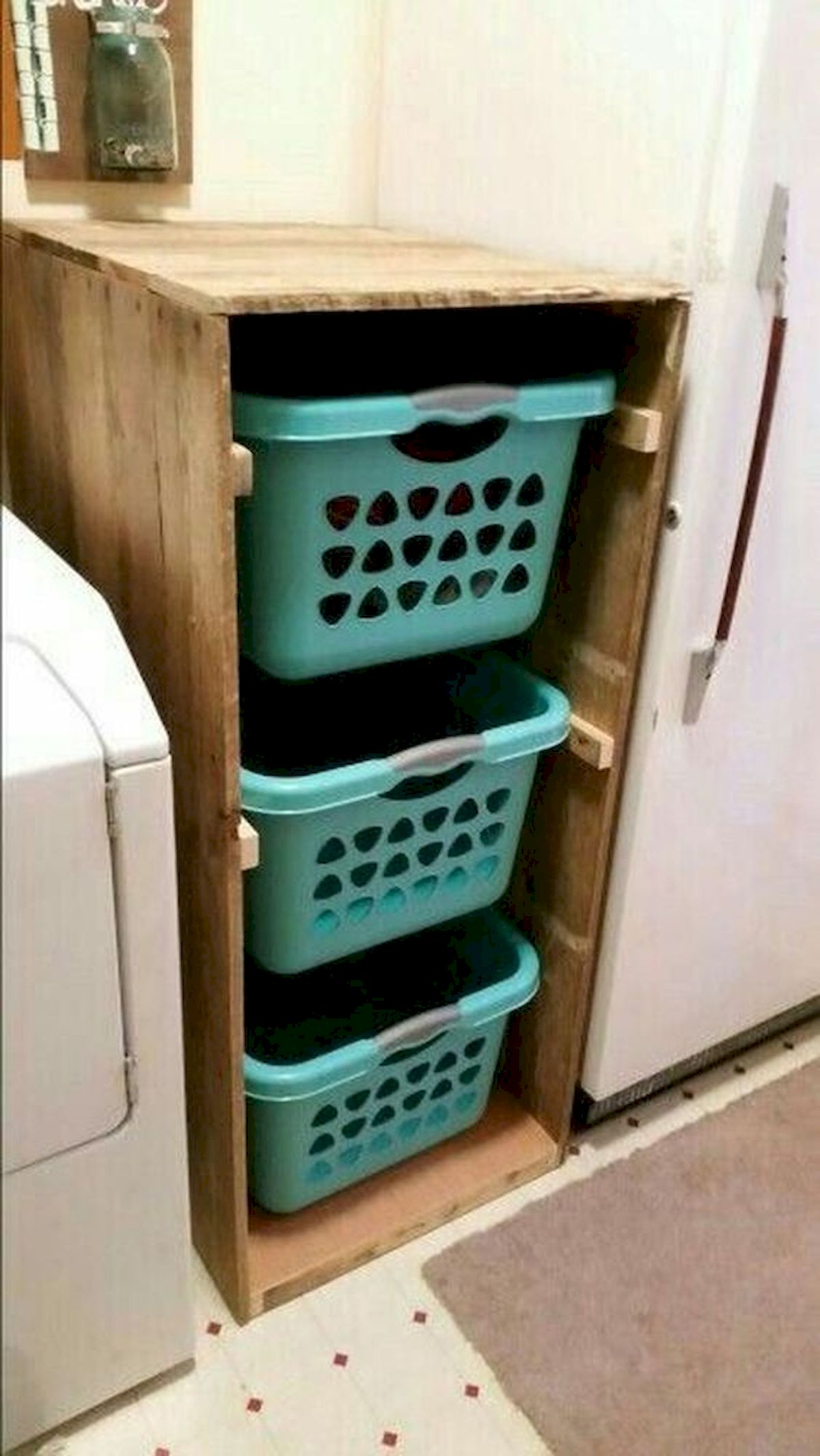 45 Easy and Cheap DIY Wood Furniture Ideas for Small House (7)