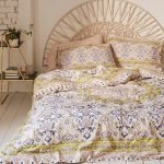 20 Awesome Boho Farmhouse Bedroom Decor Ideas and Remodel (10)