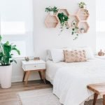 20 Awesome Boho Farmhouse Bedroom Decor Ideas and Remodel (13)