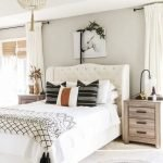 20 Awesome Boho Farmhouse Bedroom Decor Ideas and Remodel (7)