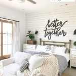 20 Awesome Farmhouse Bedroom Decor Ideas and Remodel (17)