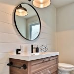 20 Awesome Small Farmhouse Bathroom Decor Ideas and Remodel (19)