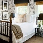 20 Awesome Small Farmhouse Bedroom Decor Ideas and Remodel (5)