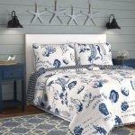 20 Beautiful Coastal Farmhouse Bedroom Decor Ideas and Remodel (15)