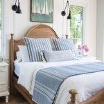 20 Beautiful Coastal Farmhouse Bedroom Decor Ideas and Remodel (16)