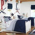 20 Beautiful Coastal Farmhouse Bedroom Decor Ideas and Remodel (18)