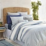 20 Beautiful Coastal Farmhouse Bedroom Decor Ideas and Remodel (3)