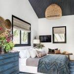 20 Beautiful Coastal Farmhouse Bedroom Decor Ideas and Remodel (6)