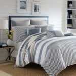 20 Beautiful Coastal Farmhouse Bedroom Decor Ideas and Remodel (8)