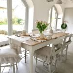 20 Beautiful Farmhouse Dining Room Table Decor Ideas and Remodel (1)