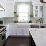 20 Beautiful Farmhouse Kitchen Backsplash Decor Ideas and Remodel (15)