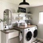 20 Beautiful Farmhouse Laundry Room Decor Ideas and Remodel (17)