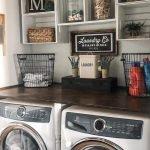 20 Beautiful Farmhouse Laundry Room Decor Ideas and Remodel (19)