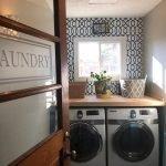 20 Beautiful Farmhouse Laundry Room Decor Ideas and Remodel (20)