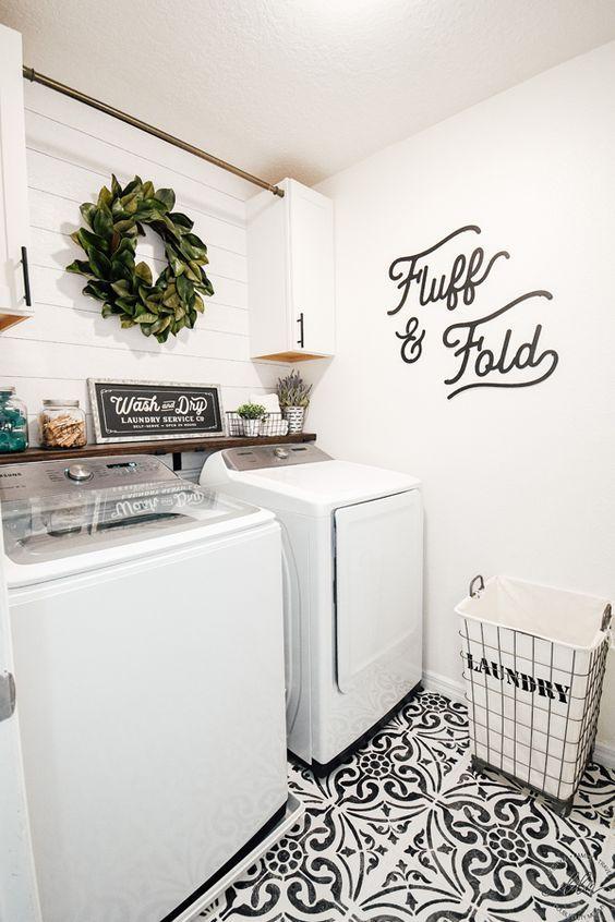 20 Beautiful Farmhouse Laundry Room Decor Ideas And Remodel (3)