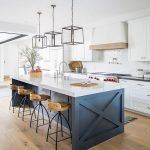 20 Beautiful Modern Farmhouse Kitchens Decor Ideas and Remodel (8)