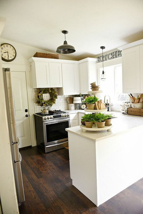 20 Best Farmhouse Kitchen Lighting Decor Ideas and Remodel (10)