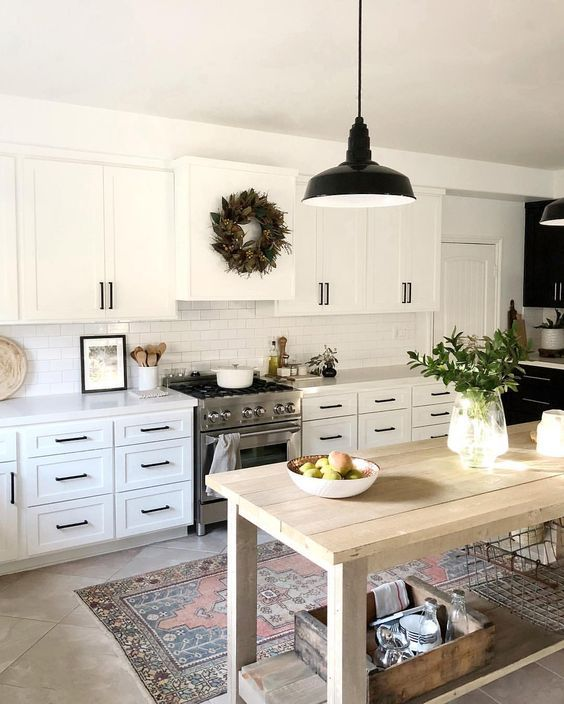 20 Best Farmhouse Kitchen Lighting Decor Ideas and Remodel (4)