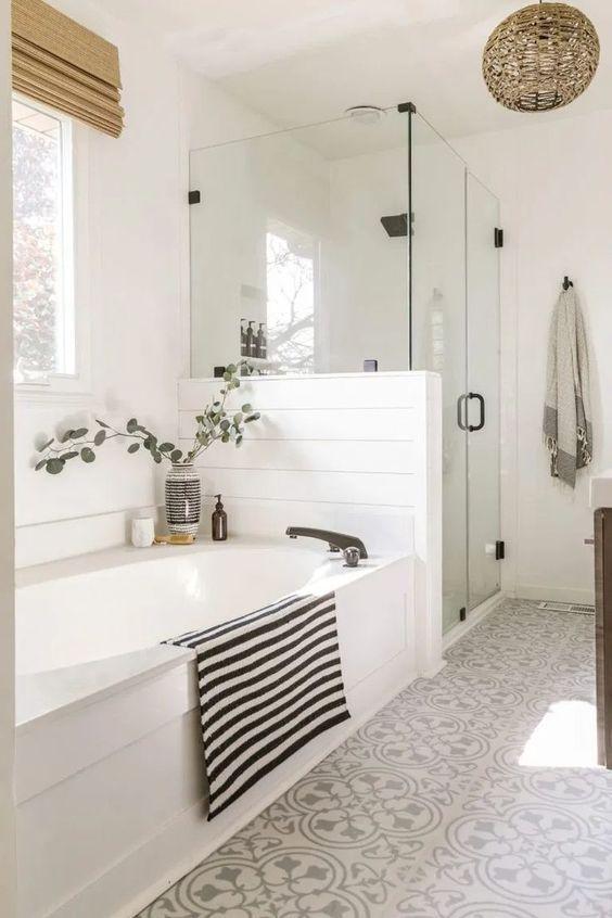 20 Stunning Farmhouse Bathroom Tile Decor Ideas and Remodel (10)