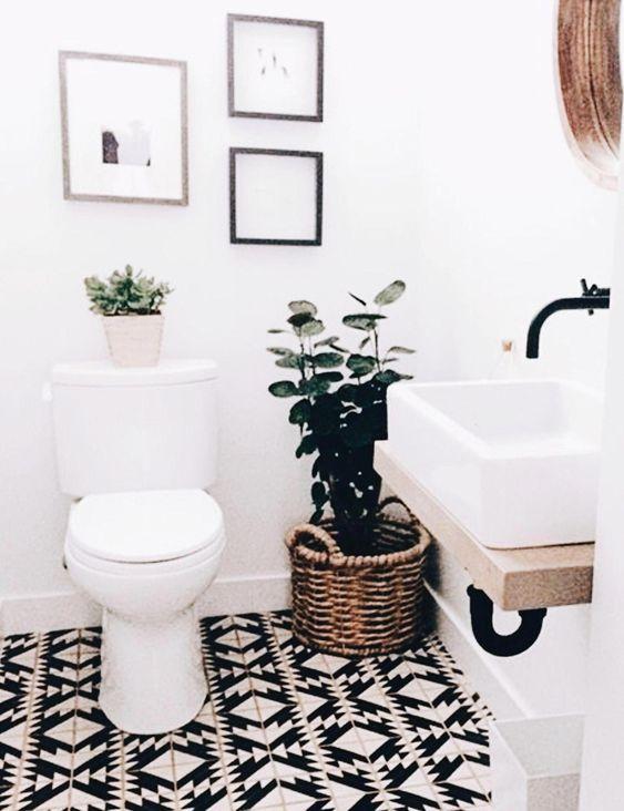 20 Stunning Farmhouse Bathroom Tile Decor Ideas and Remodel (11)