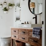 20 Stunning Farmhouse Bathroom Vanity Decor Ideas And Remodel (16)