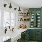 20 Stunning Farmhouse Kitchen Cabinets Decor Ideas And Remodel (16)