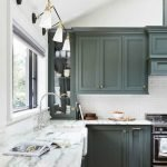 20 Stunning Farmhouse Kitchen Cabinets Decor Ideas And Remodel (18)