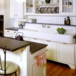 20 Stunning Farmhouse Kitchen Cabinets Decor Ideas And Remodel (3)