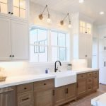 20 Stunning Farmhouse Kitchen Cabinets Decor Ideas And Remodel (4)