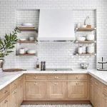 20 Stunning Farmhouse Kitchen Cabinets Decor Ideas and Remodel (7)