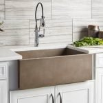 20 Stunning Farmhouse Kitchen Sink Decor Ideas And Remodel (18)