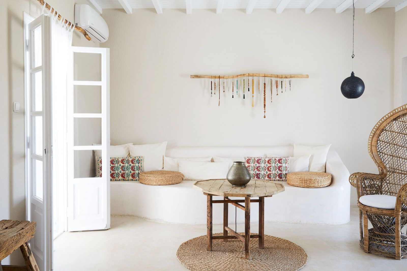 Beautiful homemade wall decoration ideas