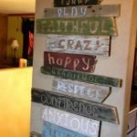 Amazing Wooden Pallet Wall Decoration